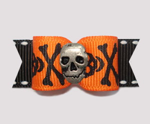 "#0618 - 5/8"" Dog Bow - Spooktacular Skull & Xbones with Skull"