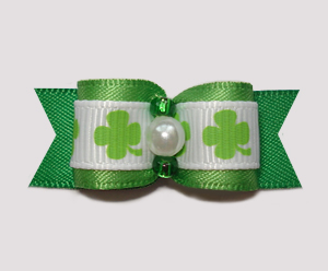 "#0744 - 5/8"" Dog Bow - Classic Shamrocks w/Faux Pearl & Green"