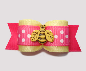 "#2816 - 5/8"" Dog Bow - ""Bee"" Seen in this Sweet Bow!"