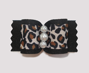 "#A7107 - 7/8"" Dog Bow - Exotic Leopard & Pearls"