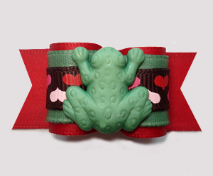 "#A7363 - 7/8"" Dog Bow - Little Garden Froggie, Red/Green"