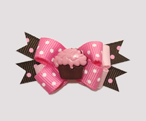 #BTQM180 - Mini Boutique Bow Strawberry 'n Chocolate Cupcake