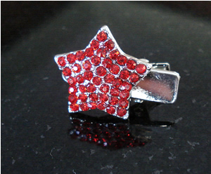 #S0015 - Dog Rhinestone Hair Clip - Sparkly Red Star
