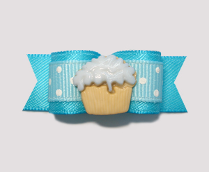 "#0927 - 5/8"" Dog Bow - Little Cupcake, Sweet Dots, Electric Blue"