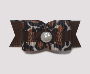 "#1798 - 5/8"" Dog Bow - Beautiful Exotic Leopard, Faux Pearl"