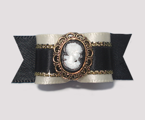 "#1952 - 5/8"" Dog Bow - Gorgeous Classic Ebony & Ivory, Cameo"