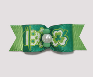"#2011 - 5/8"" Dog Bow - Shamrocks & Skull/Crossbones on Green"