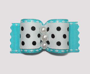 "#A6992 - 7/8"" Dog Bow - Classic Black & White on Blue, Pearls"