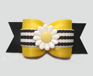 "#A7299 - 7/8"" Dog Bow - Bumblebee Daisy, Yellow/Black Stripe"