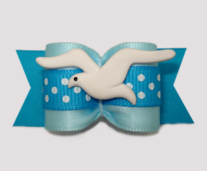 "#A7538 - 7/8"" Dog Bow - Beachy Keen, Soaring Seagull on Blue"