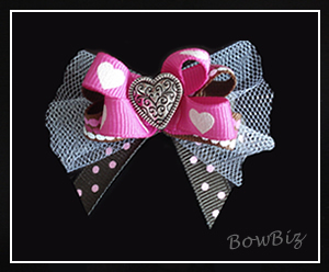 #BTQ040 - Boutique Bow - Strawberry 'n' Chocolate Sweetheart