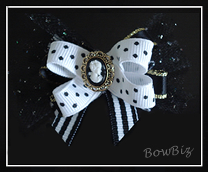 #BTQ080 - Boutique Bow - Classic Cameo Couture