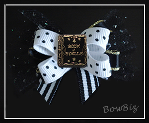 #BTQ180 - Boutique Bow - Magical Book of Spells