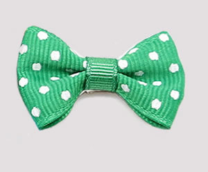 #CNG130- Dog Hair Clip - Clip 'n Go, Green/White Dots