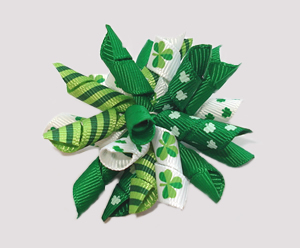 #KRK610 - Korker Dog Bow - St Patrick's Day Shamrocks