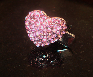 #S0020 - Dog Rhinestone Hair Clip - Sparkly Pink Heart