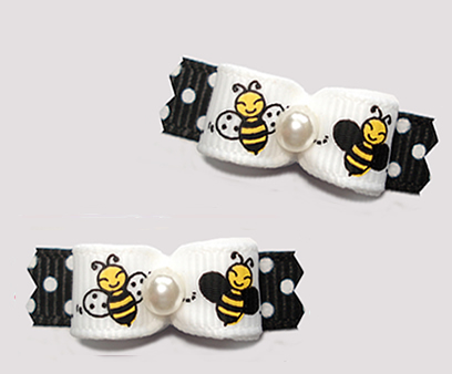 "#T9364 - 3/8"" Dog Bow - Happy Little Busy Bees on B/W Dots"