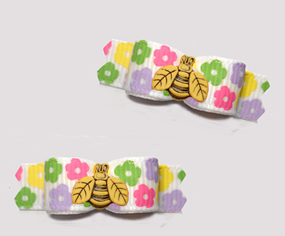 "#T9384- 3/8"" Dog Bow- Sweet Petite Spring Daisies, Cute Tiny Bee"