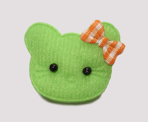 #070 - Kitty Klip - Green Kitty with Orange Bow