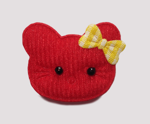 #050 - Kitty Klip - Red Kitty with Yellow Bow